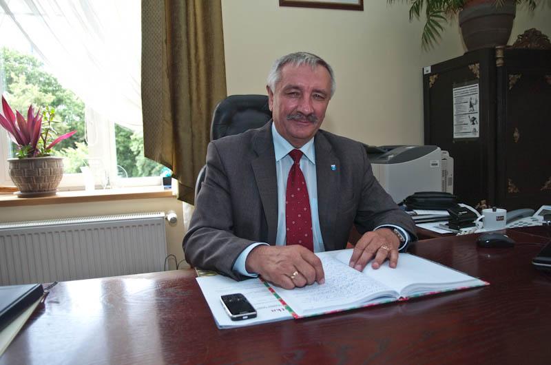 Burmistrz Ustki Jan Olech