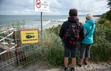 Saperzy przeszukują plażę wschodnią w Ustce - ustka24.info