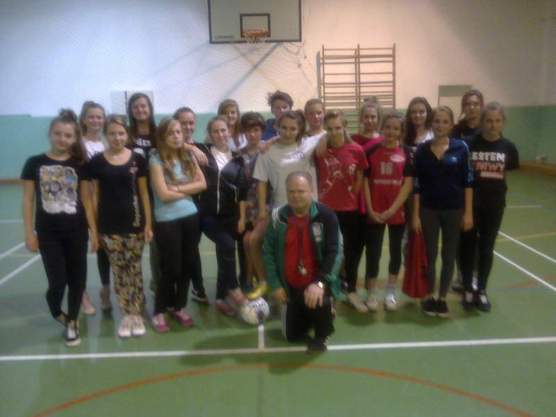 Powstaje dziewczęca drużyna piłki nożnej przy OSiR Ustka - ustka24.info