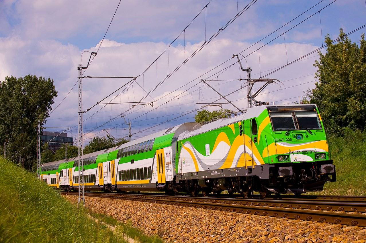 """Pociąg """"Słoneczny"""" pobił rekord w przewozie pasażerów do Ustki - ustka24.info"""