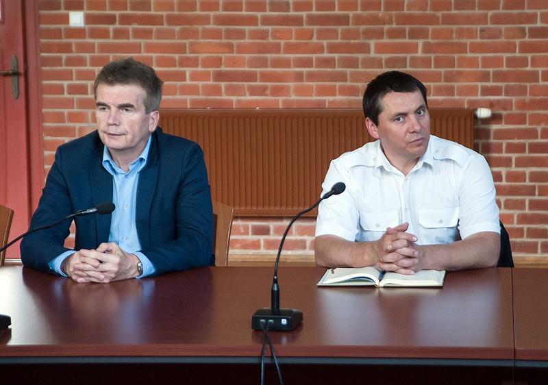 Adam Meller - Kubica (z prawej) będzie nowym naczelnikiem Wydziału Infrastruktury Komunalnej i Ochrony Środowiska Urzędu Miasta w Ustce - ustka24.info
