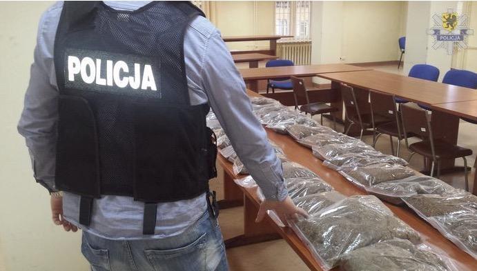 100 kilo nielegalnego tytoniu znaleziono u mieszkańca gminy Ustka