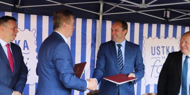 Umowa na budowę transportowego węzła integracyjnego w Ustce podpisana - ustka24.info