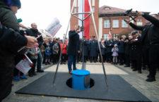 Kapsuła Czasu wkopana na 100 lat - ustka24.info