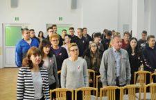 Obchody setnej rocznicy odzyskania przez Polskę niepodległości w ZSOiT w Ustce - ustka24.info