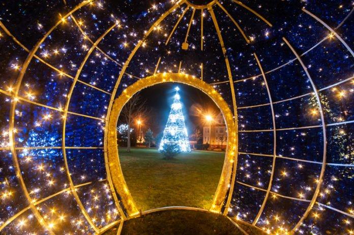 Świąteczne iluminacje w Ustce - ustka24.info